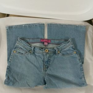 GLO Light Wash Flare Jeans - size 3 Short (B)